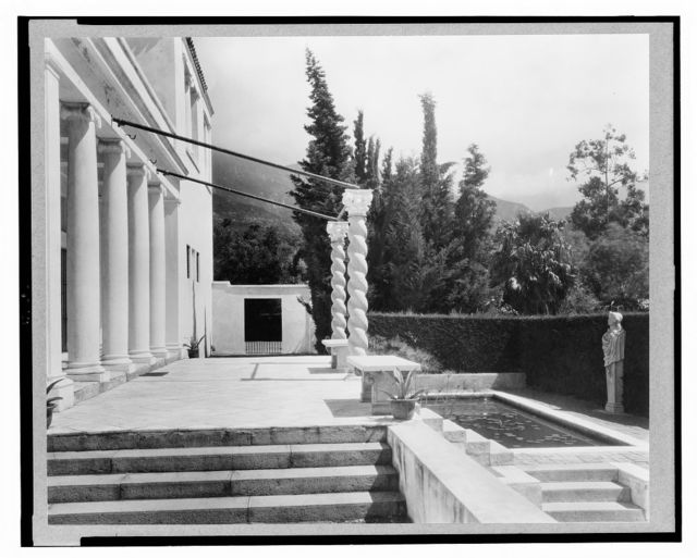 "[""El Fureidis,"" James Waldron Gillespie house, Parra Grande Lane, Montecito, California. Terrace with ocean view]"