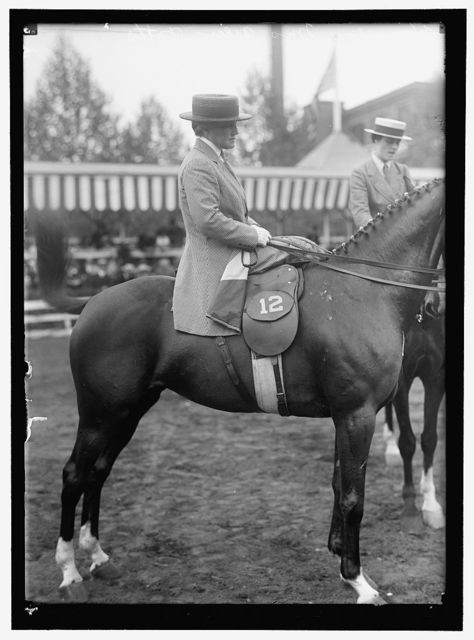 HORSE SHOWS. MRS. AILEEN POTTS