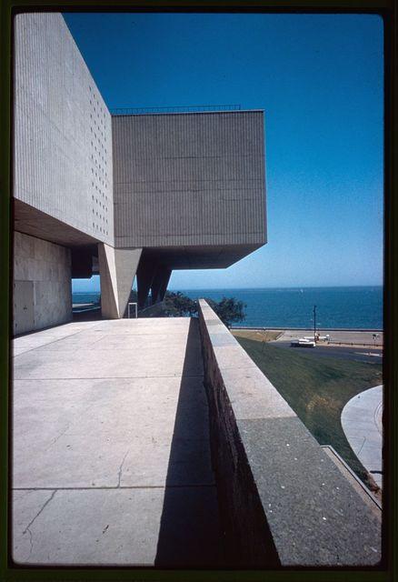 Milwaukee Art Museum (originally Milwaukee War Memorial), Milwaukee, Wisconsin, 1952-57. Exterior detail