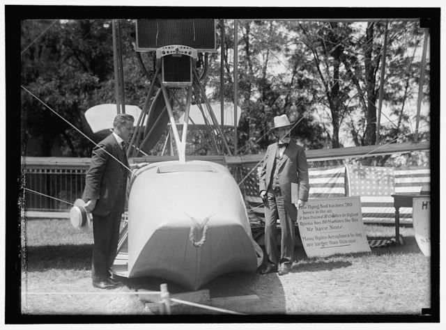 NATIONAL AERO COAST PATROL COMMN. CURTISS HYDROAEROPLANE OR FLYING BOAT EXHIBITED NEAR HOUSE OFFICE BUILDING. CAPT. TAYLOR AND SENATOR KERN