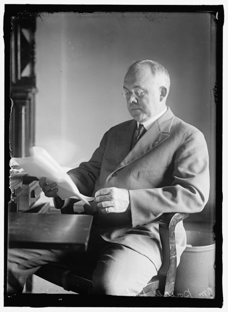 POWELL, G. HAROLD, CHIEF, PERISHABLE COMMODITIES DIV., U.S. FOOD ADMINISTRATION