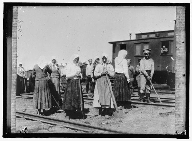 RUSSIA WAR PICTURES. WOMEN