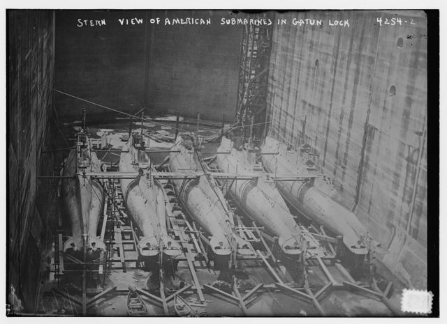 Stern view of American submarines in Gatun Lock