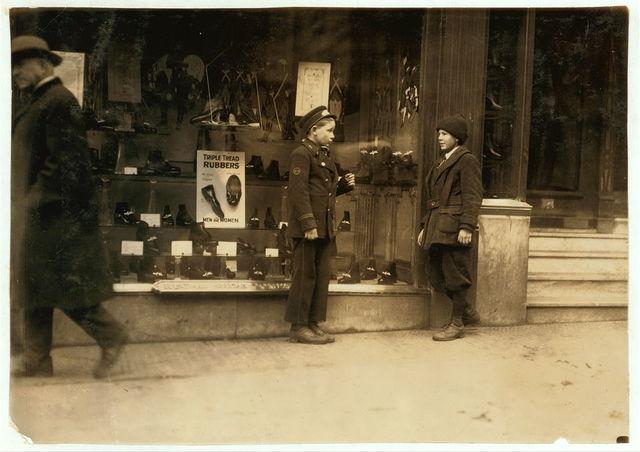 Street scenes. Delivery boy.  Location: Boston, Massachusetts / Lewis W. Hine.