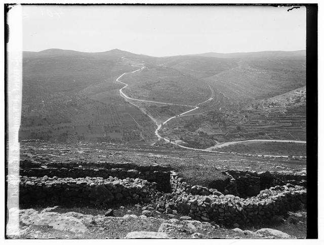 The surrender of Jerusalem to the British, December 9th, 1917. Deir Yasin trenches and approach to Jerusalem