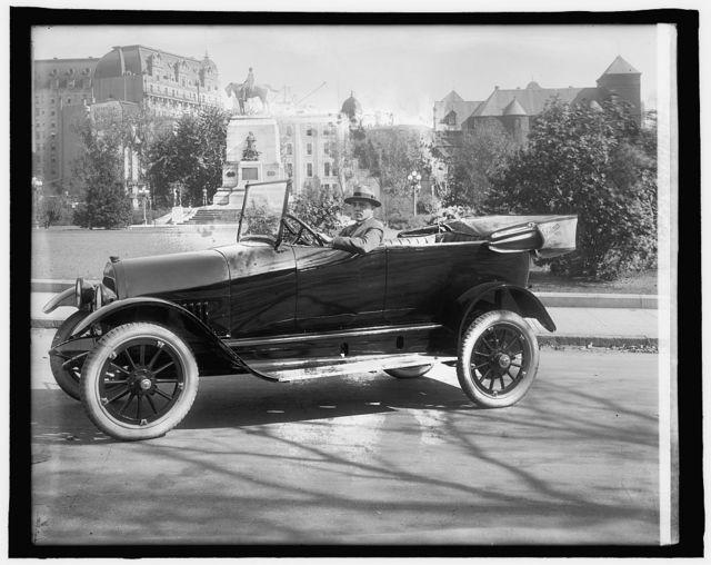 Wm. P. Barnhart in Pullman Car, 1917