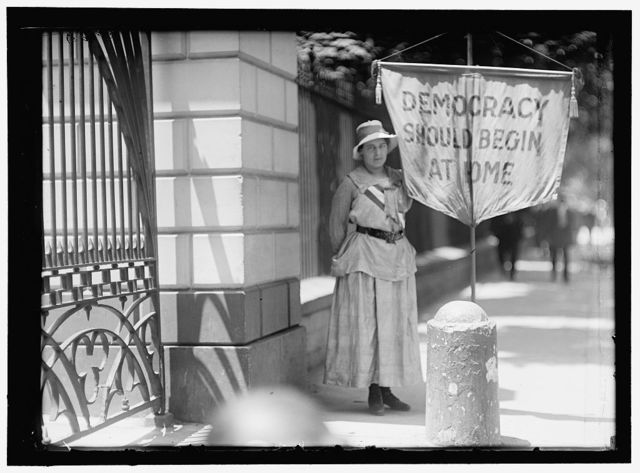 WOMAN SUFFRAGE. MRS. SWING, PICKETING WHITE HOUSE