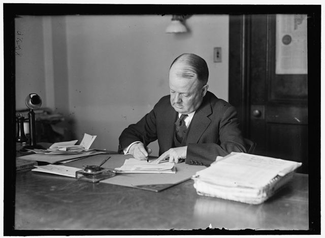 WOOLLEY, ROBERT W. COMMISSIONER, I.C.C.; DIRECTOR OF MINT; DIRECTOR OF PUBLICITY, 1ST LIBERTY LOAN