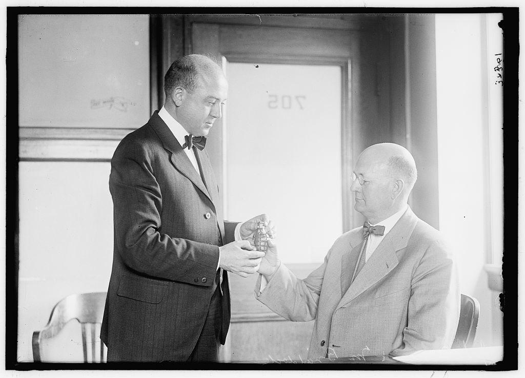 BRADLEY, LEE C. ALIEN PROPERTY CUST., EXECUTIVE ASSISTANT