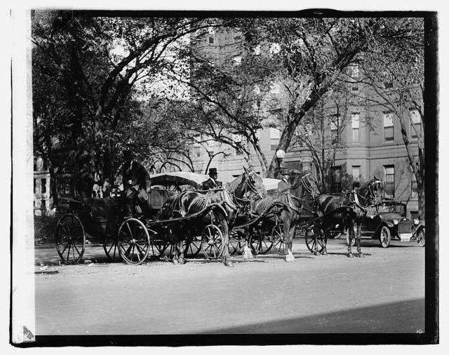 Car Stand, McPherson Sq., [Washington, D.C.]