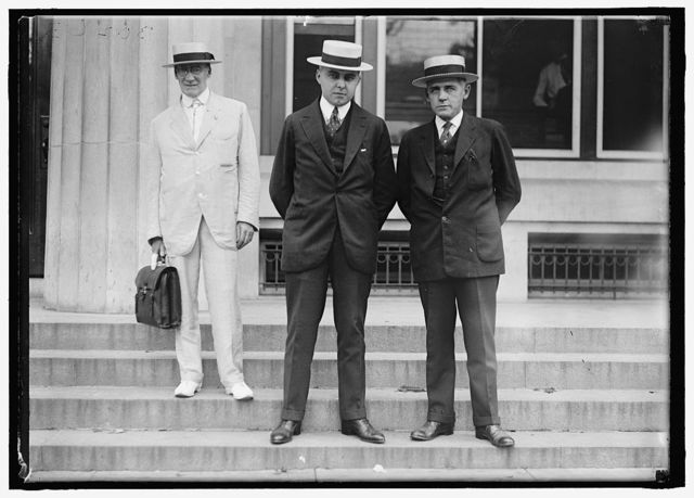 GRUHL, EDWIN. OF NORTH AMERICAN CO. SPEC. ELECTRIC RY. COMM.; PARKER, GLOWACKI R., OF FRAZAR AND CO., NEW YORK