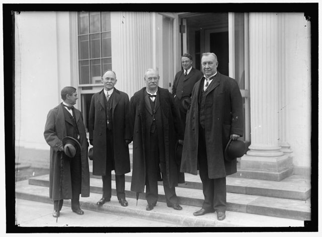 HARDWICK, THOMAS WILLIAM, REP. FROM GEORGIA, 1902-1914; SENATOR, 1914-1919; GOVERNOR, 1921-1923. GROUP: HARDWICK, DR. M.L. BRITTAIN, GA. COMMR. ED.; N.A. HARRIS, GOVERNOR OF GEORGIA; SEN. HOKE SMITH