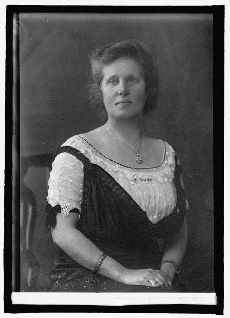 Miss Agnes Slack, England