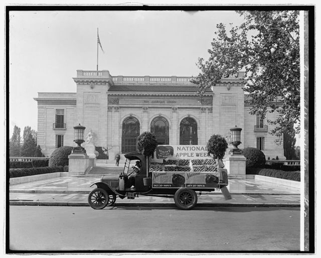 National Apple Week Assn. float [Pan American Union, Washington, D.C. in background]