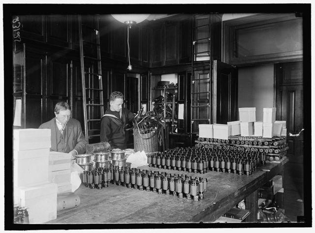 NAVY DEPARTMENT, U.S. BINOCULARS