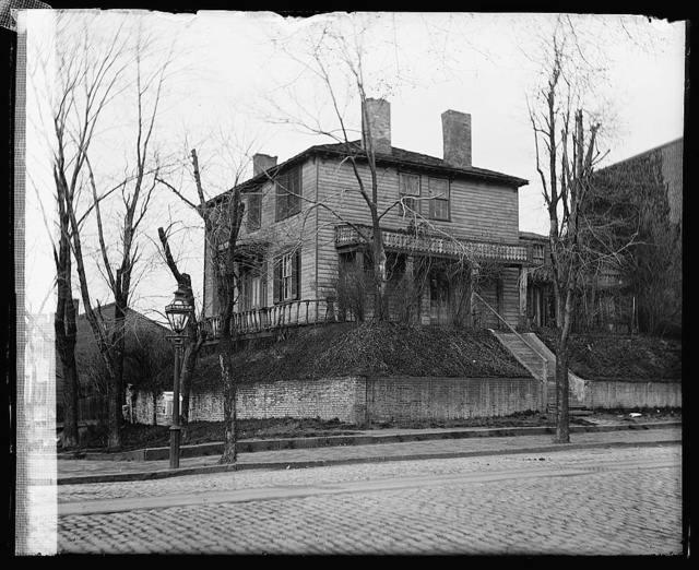 Old house, 1 & C, NE, [Washington, D.C.]