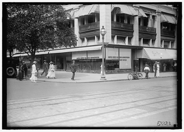 RAILROAD ADMINISTRATION. CONSOLIDATED TICKET OFFICES, 13TH AND F STREETS, N.W.
