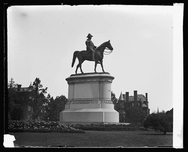Scott statue, Scott Circle [Washington, D.C.]