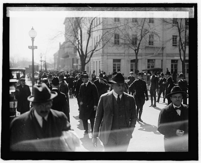 Street scene [...], 1918