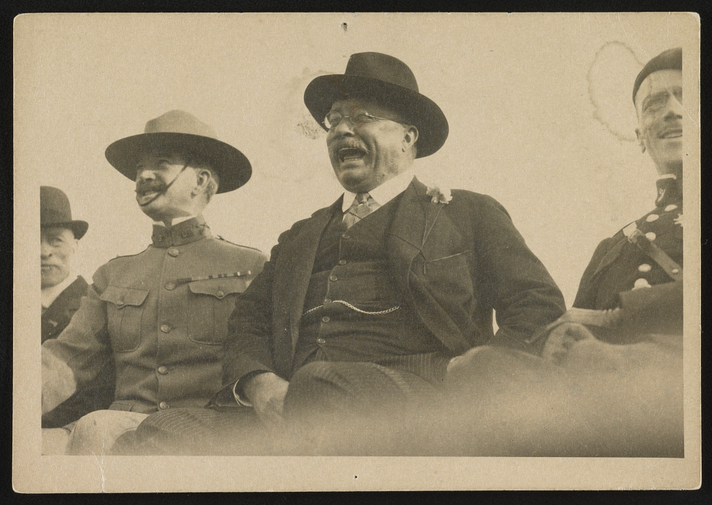 [Theodore Roosevelt on SS Leviathan on Way to Peace Conference]