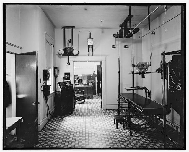 Wash. Sanitarium, [Takoma Park, Maryland], X-Ray room