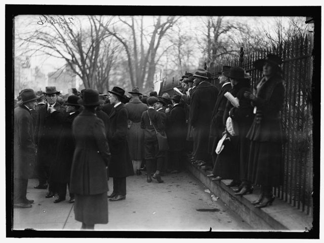 WOMAN SUFFRAGE. BONFIRE ON SIDEWALK BEFORE WHITE HOUSE