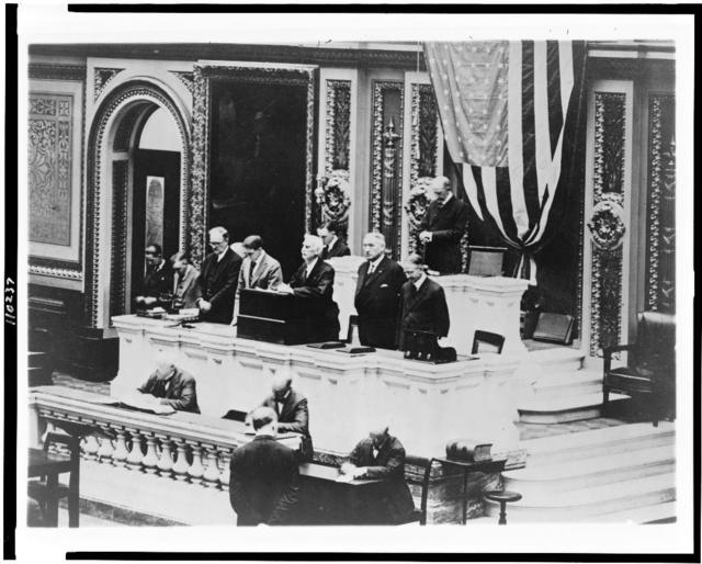 All hope for president's returning healthy. Rev. Henry N. Couden, chaplain of the House of Representatives, offering prayer in the House for the speedy recovery of President Wilson