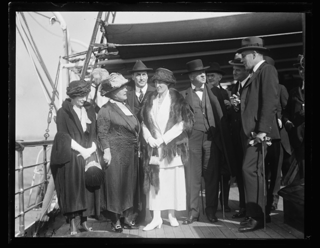 [Group on deck of USS Sylph? Josephus Daniels, 3rd from right; Sir Auckland Geddes? right]