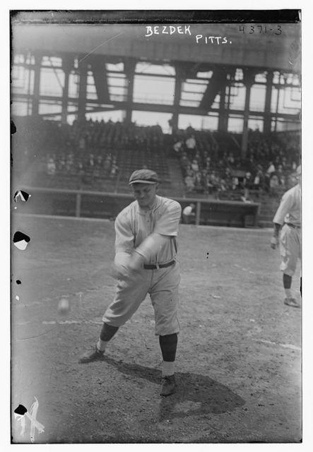[Hugo Bezdek, manager, Pittsburgh NL (baseball)]