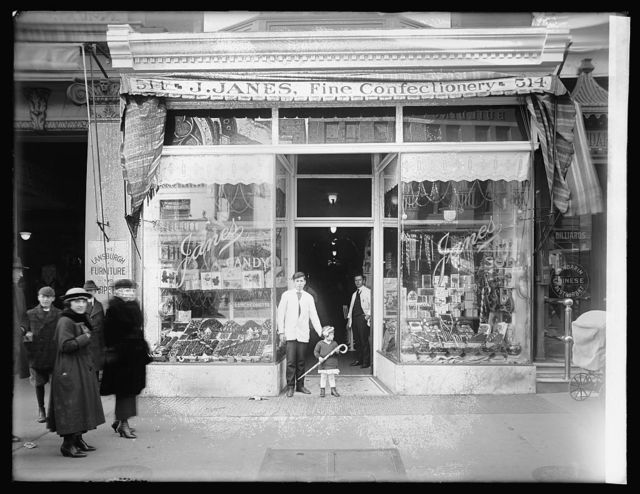 Janes' Candy Store, exterior