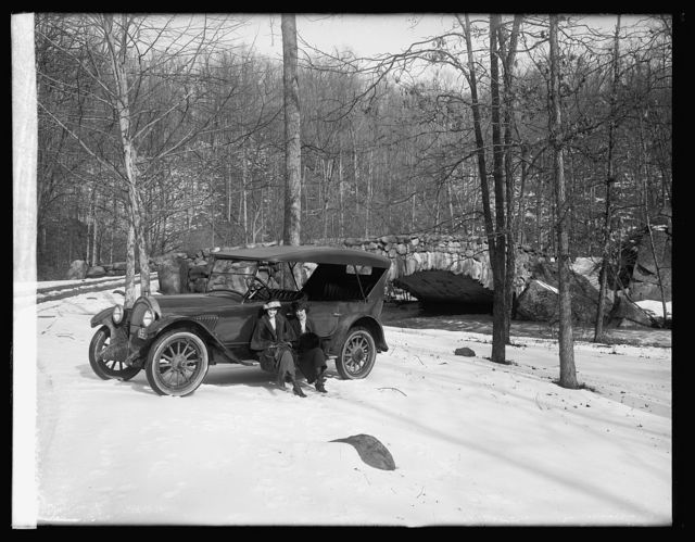 Oldsmobile Sales Co., Rock Creek Park, [Washington, D.C.]
