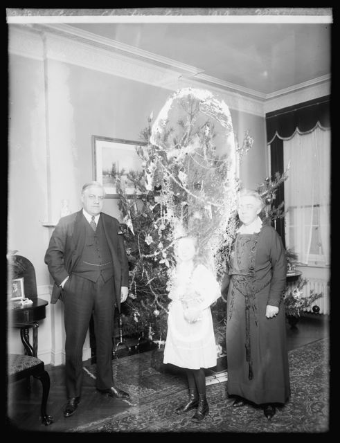 Palmer Christmas tree, 1919