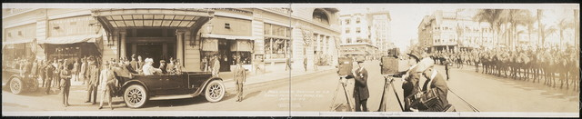 Pres. Wilson arriving at U. S. Grant Hotel, San Diego, Cal., Sept. 19, 1919