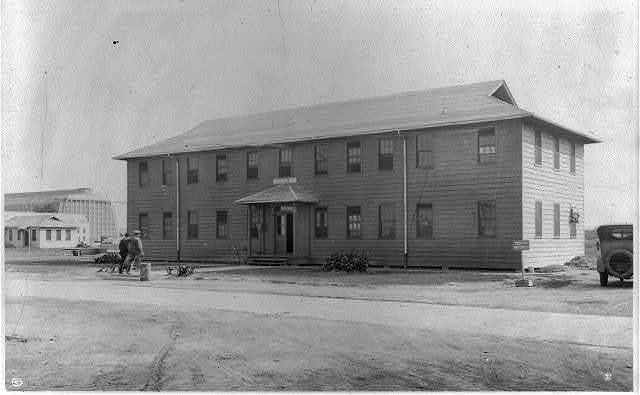 U.S. Naval Training Station, Hampton Roads, Va.: Administration Building