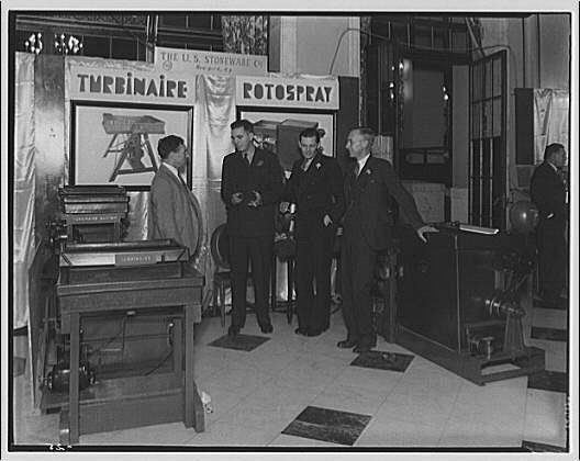 American Photoengravers Association convention. U.S. Stoneware Co. exhibit