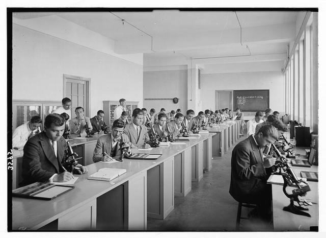 American University. Beirut, (A.U.B.). Biological class in session. In the chemistry bldg. [i.e., building]