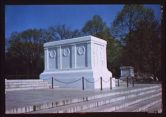 Arlington National Cemetery. Tomb of the Unknown Soldier, side angle