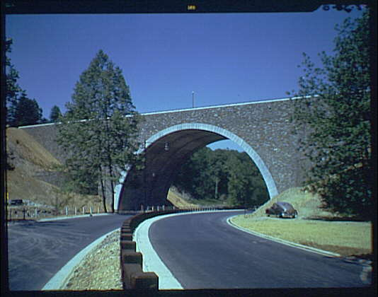 Avenues and streets. Parkway with arched overpass