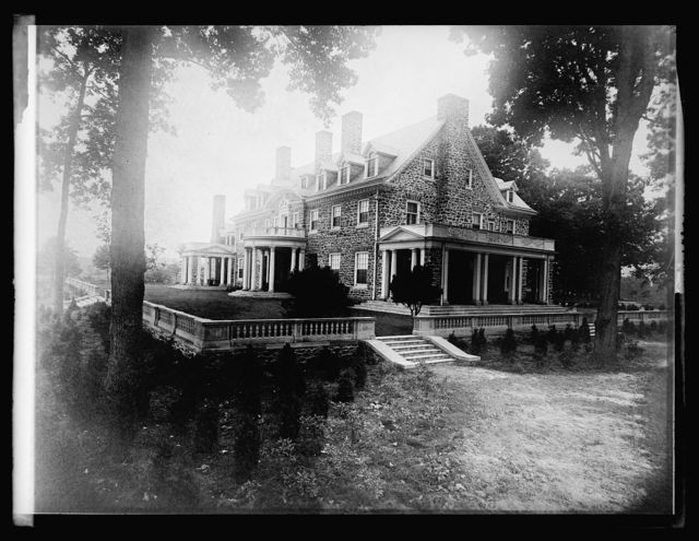 """""""Ayrshire"""" the house of Genl. J.A. Buchanan, Upperville, Va., where many of the [...] breakfastsand [.] balls are held"""