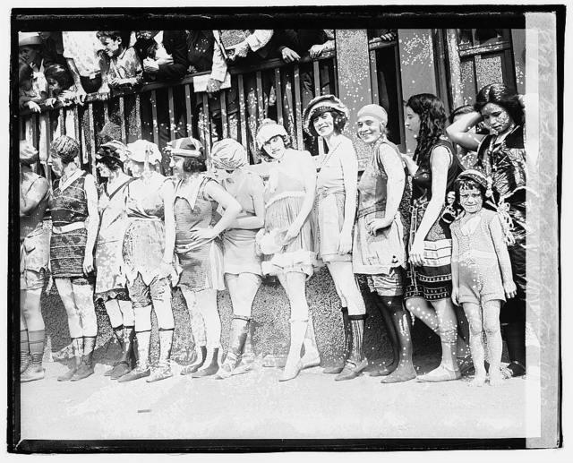 Bathing beach beauty contest, 1920