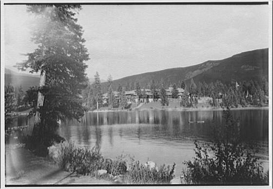 Canadian scenes. Jasper Park lodge