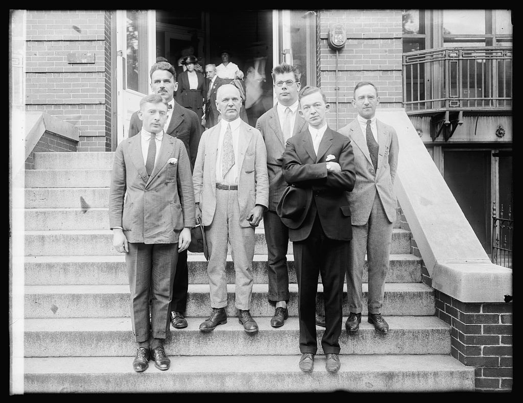 Dr. Johns & group (Johns in center)