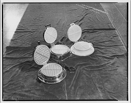 Electric Institute of Washington. Electric waffle makers