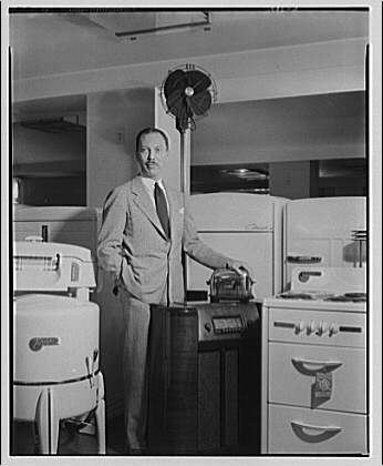 Electric Institute of Washington, Potomac Electric Power Co. building. Mr. Bartlett with some electric equipment III