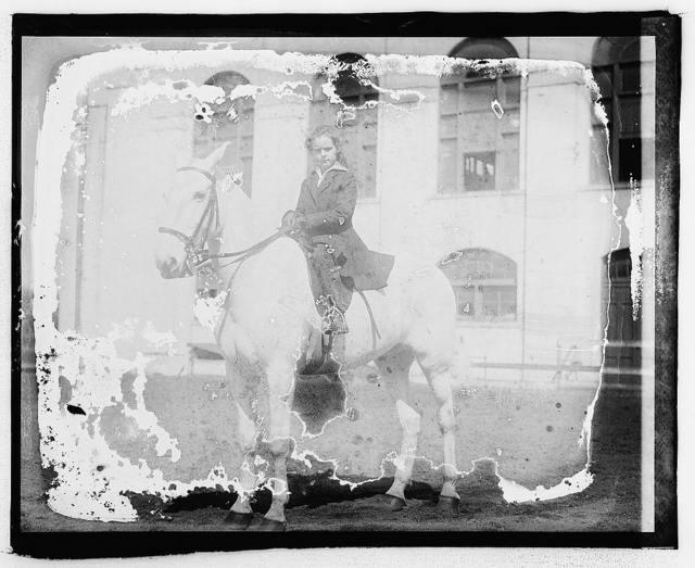 Eliz. Breckenridge on Quaker, [daughter of] Henry Breckenridge, 2230 California St.