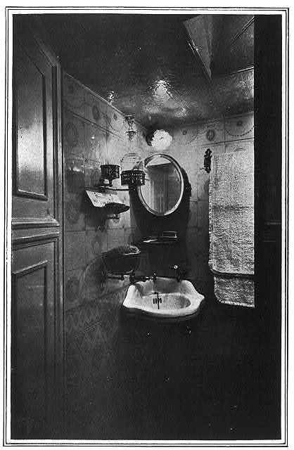 Fitted with all modern accessories - the toilet room in a great Caudron aeroplane