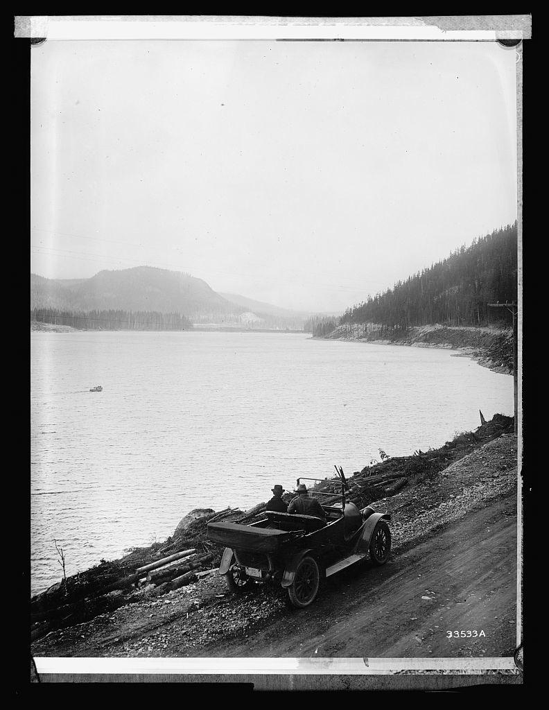 Forest Service: roadbuilding
