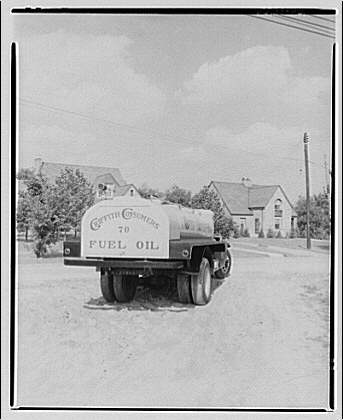Griffith Consumers Co. Views of Griffith Consumers Co. truck VI