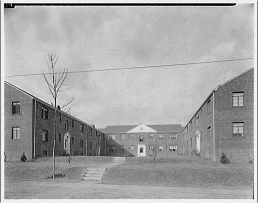 Houses by Schreier & Patterson, architects. Two-storied aparment wartime housing on Bradley Boulevard III