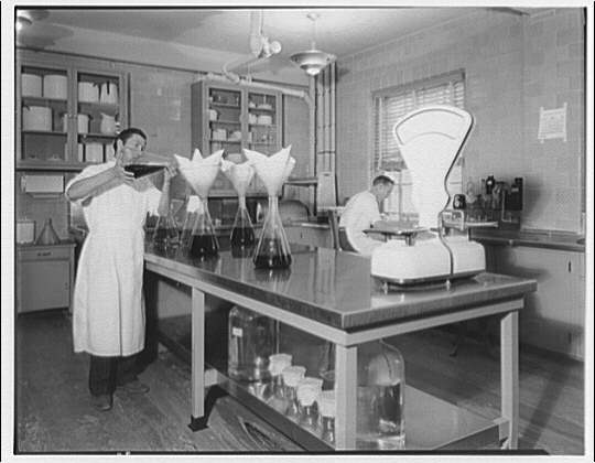 International Nickel Co. at the National Institute of Health. Medical staff at work III, National Institute of Health
